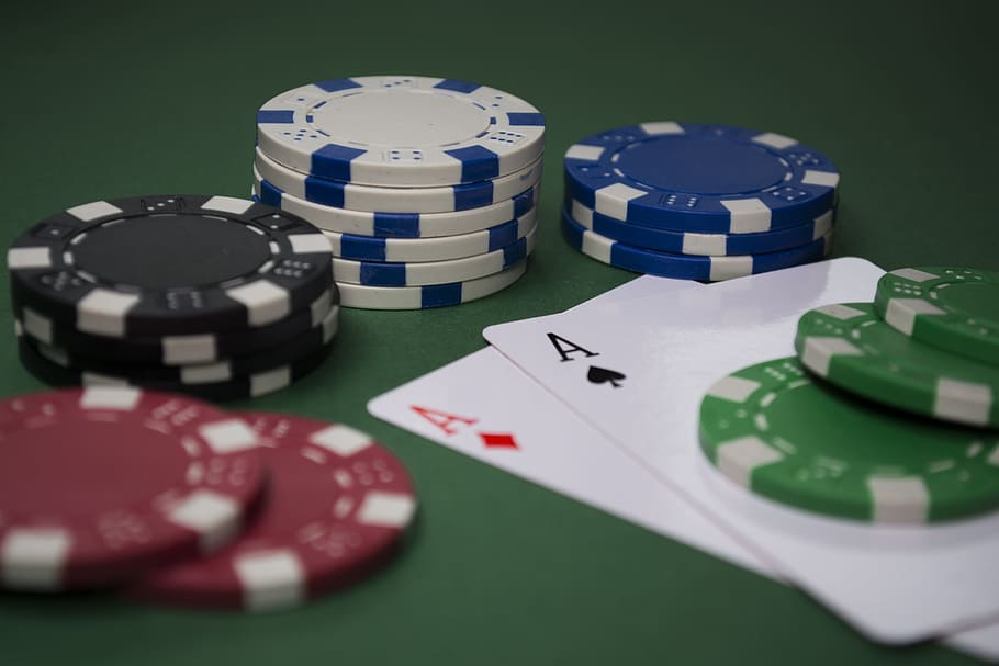Most People Will Never Be Nice At Online Casino