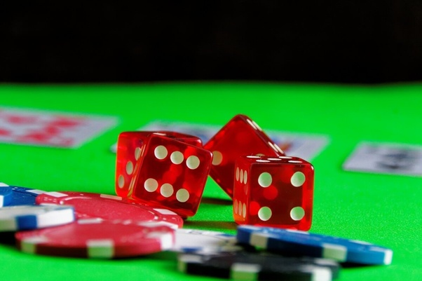 Tell You About Online Gambling